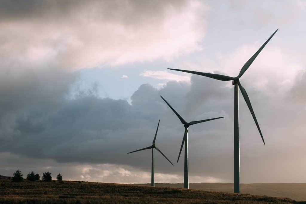 Sustainable energy sources such as wind